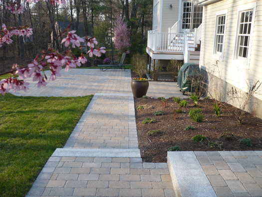 WALKS & PATHS - CONCRETE PAVERS & GRANITE FOR YOUR GARDEN