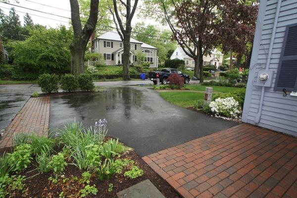 driveway design tips curb appeal