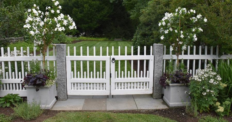 white-fence-1