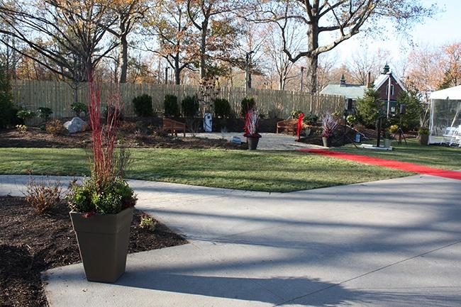 12-Community-Outreach-Fisher-House-Boston-Dedication-November-11-2012.jpg
