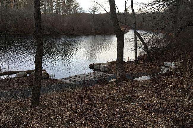 26-Canoe-Portage