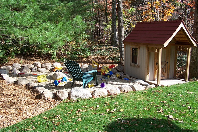 10-Outdoor-Play-Space