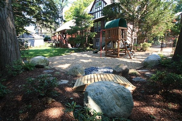 11-Outdoor-Play-Space