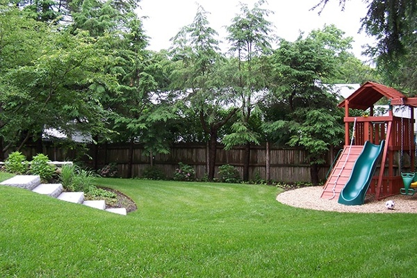 4-Outdoor-Playspace