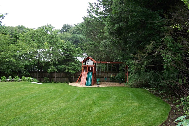 6-Outdoor-Playspace