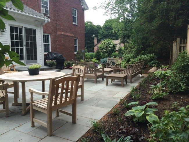 11-AFTER-side-patio.jpg